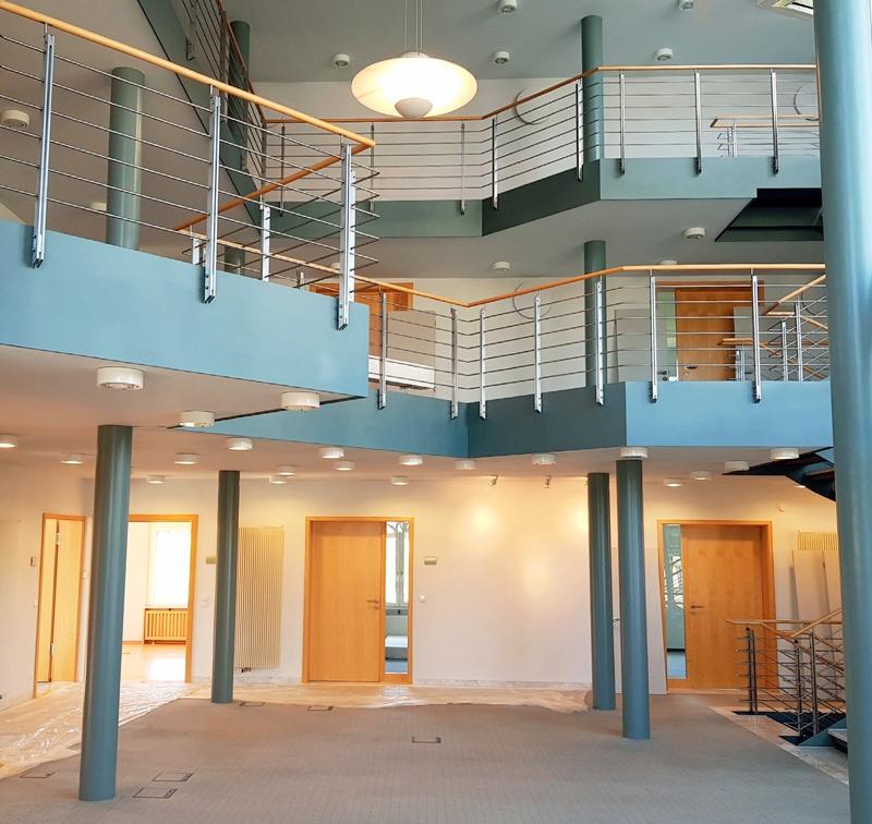 Eingangshalle mit Treppe